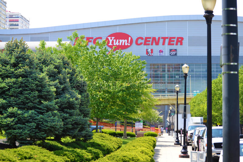 KFC Yum! Centro em Louisville, Kentucky EUA foto de stock royalty free