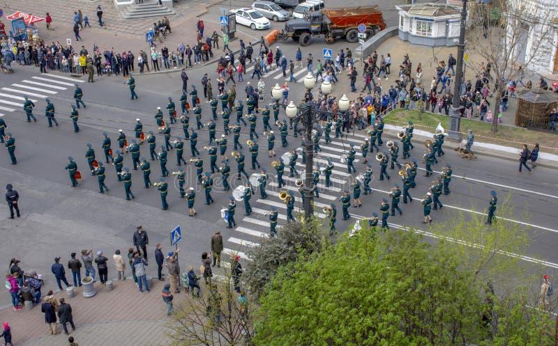 Khabarovsk - mogą 9, 2019: Marzec nieśmiertelny pułk na Muravyov-Amursky ulicie obrazy stock