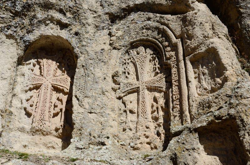 Khachkars монастыря Ayrivank, средневекового христианского искусства, Армении стоковые изображения rf