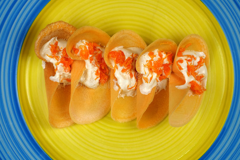 Khanom Beaung Thai of een soort gevulde pannekoek Thaise voedsel of Thai royalty-vrije stock afbeeldingen