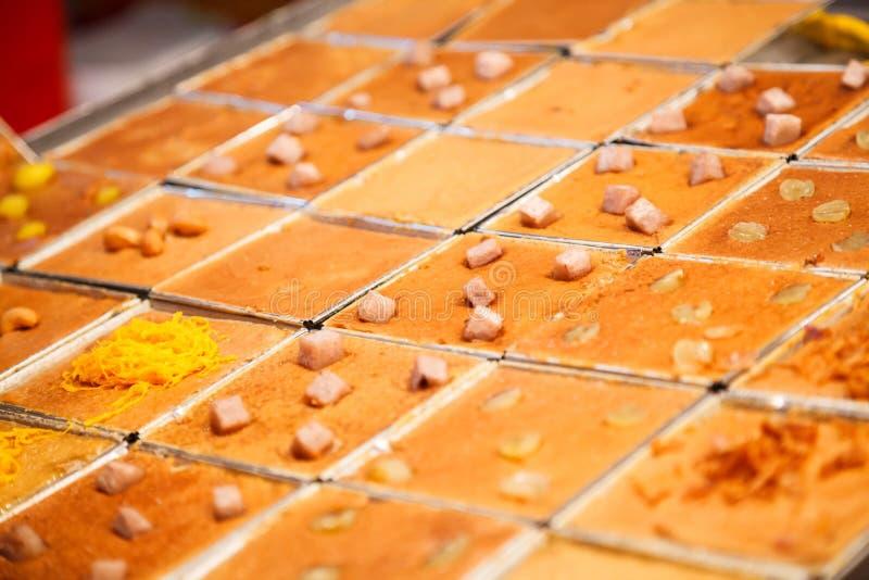 Khanom Mo Kaeng, le thailandais traditionnel a fait le pudding cuire au four doux de crème anglaise de noix de coco de dessert, f image libre de droits
