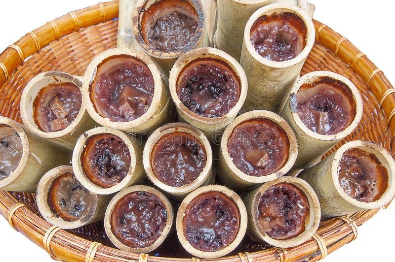 Khao-Flucht--Dklebriger Reis gekocht innerhalb des Bambusses lizenzfreies stockbild