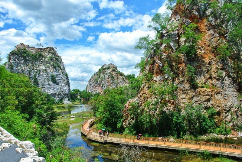 Khao Ngu Rock Park, Ratchaburi, Thailand stockfotos