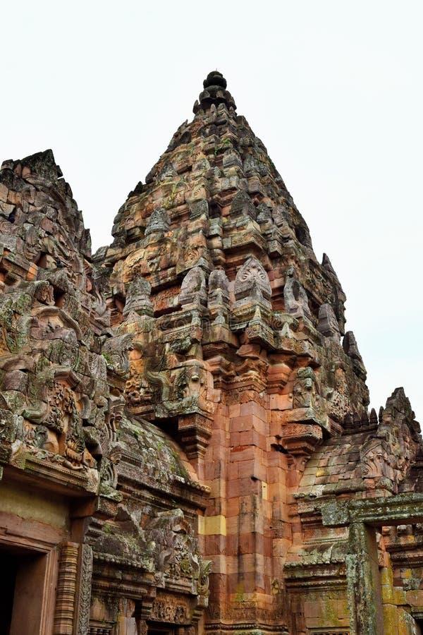 Khao Phanom ringde slotten, det ?ldsta st?llet i historia i Buriram, Thailand arkivbilder