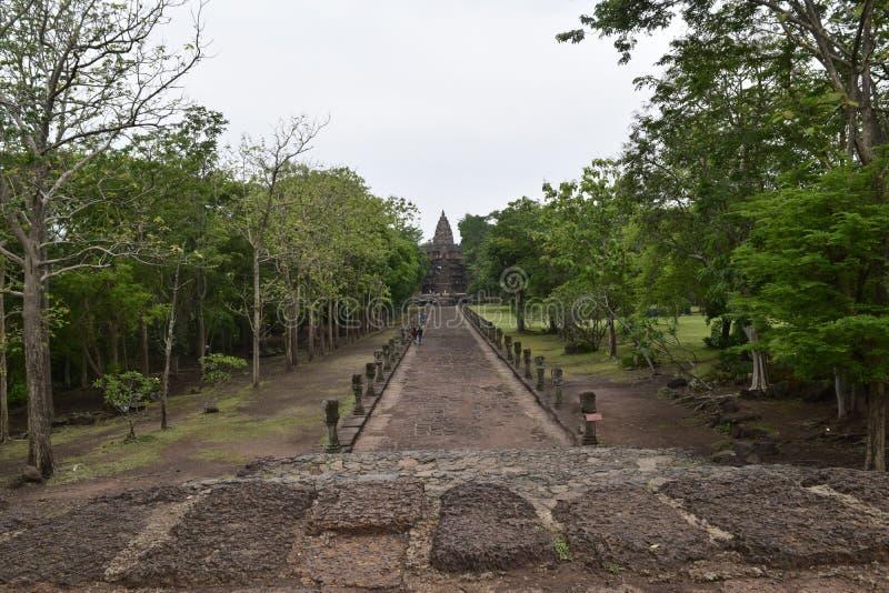 Khao Phanom ringde slotten, det ?ldsta st?llet i historia i Buriram, Thailand arkivbild