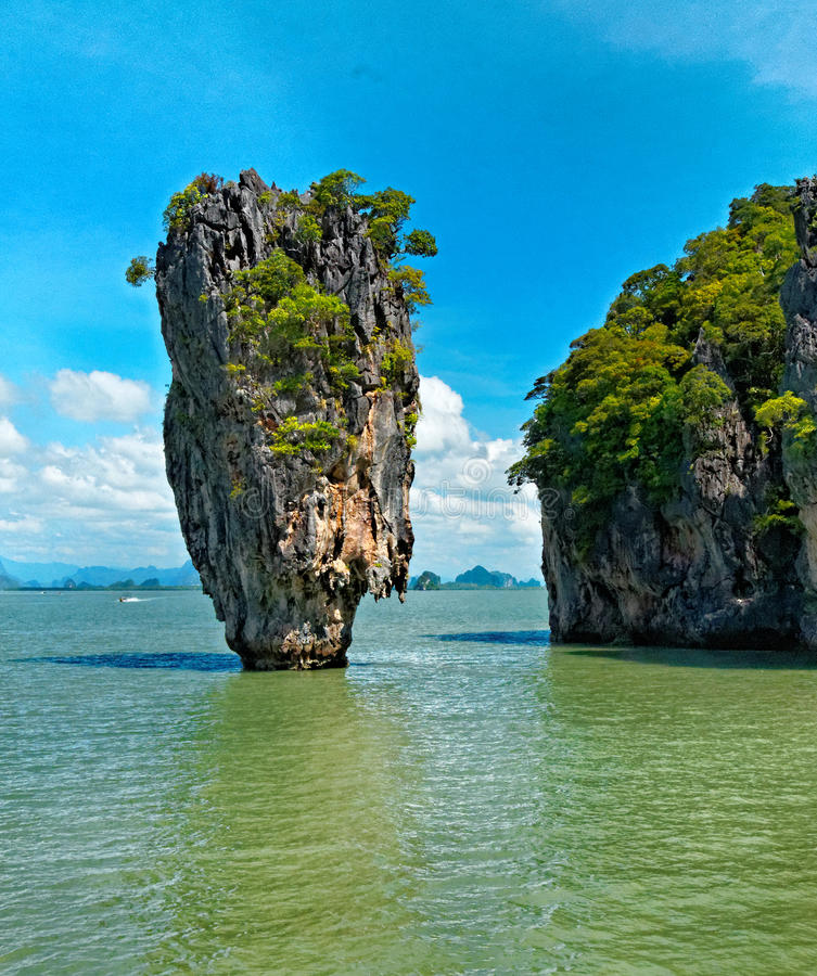 Download Khao Phing Kan islands stock image. Image of water, formations - 26566445