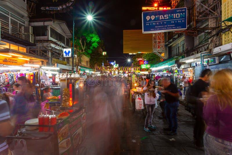 Khaosan drogi nocy życie, Bangkok, Tajlandia zdjęcie royalty free