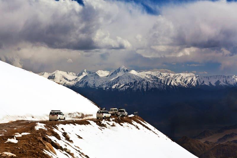 Khardung La通行证在印地安喜马拉雅山,拉达克 库存照片
