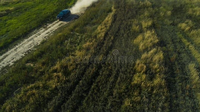 Kharkiv, Ουκρανία - 09 22 18: Από το οδικό τεστ δοκιμής AF ένα νέο αυτοκίνητο Audi από έναν επαγγελματικό δρομέα στοκ φωτογραφία