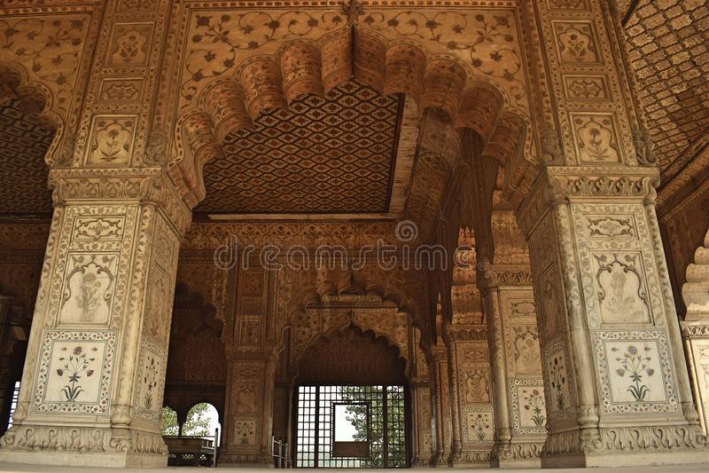 Khas玛哈尔宫殿的白色专栏在德里市 库存照片