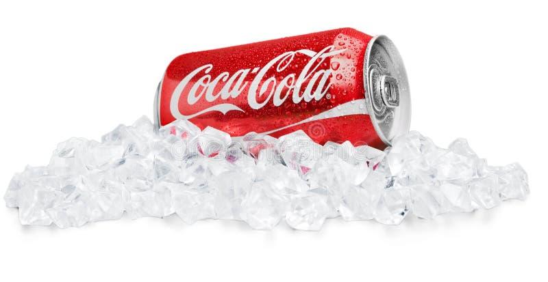 KHERSON, УКРАИНА - 11-ОЕ НОЯБРЯ 2014: Кока-кола стоковая фотография