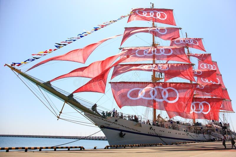 Khersones-Segelschiff lizenzfreie stockfotos