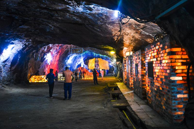 Khewra盐矿里面看法  免版税库存图片
