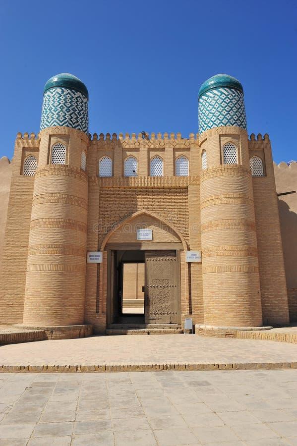 Khiva: bello arco fotografie stock
