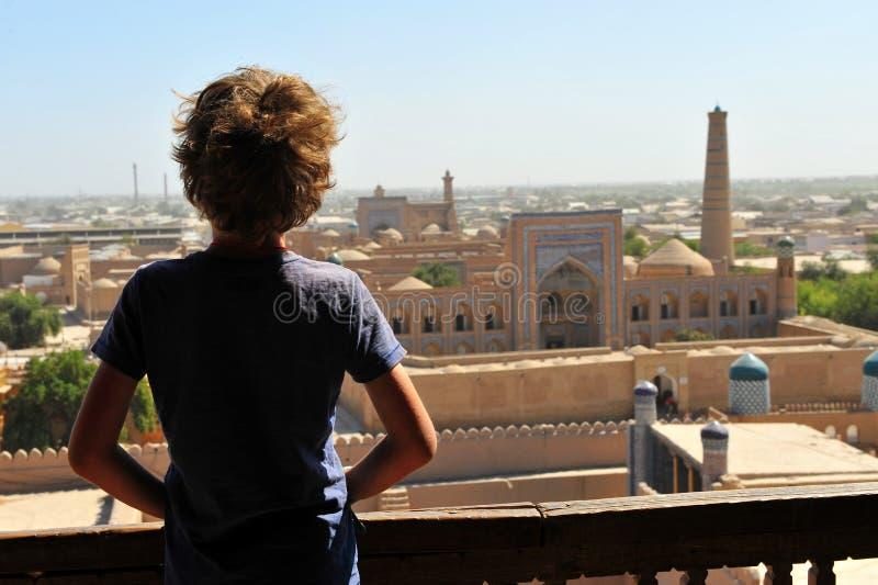 Khiva: città vecchia di sorveglianza da sopra fotografie stock libere da diritti