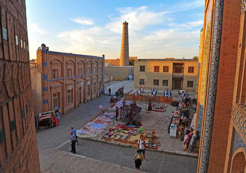 Khiva: mercado no por do sol fotografia de stock royalty free