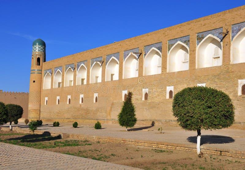 Khiva: parete medievale di vecchia città immagini stock libere da diritti
