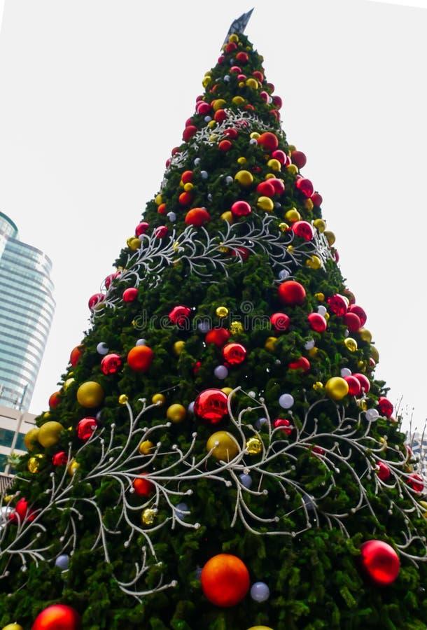 Khlit de célébrations de Noël et de nouvelle année la lumière photos libres de droits