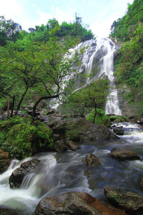 Khlong lan-Wasserfall in Thailand lizenzfreies stockbild