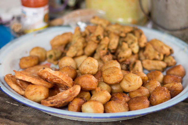 Khmer Fried Street Market Food in Kambodja Azië stock afbeeldingen