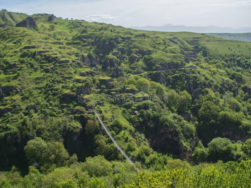 Khndzoresk平旋桥和老洞村庄,亚美尼亚1 免版税库存照片