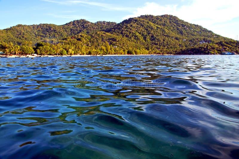 kho azul tao de Tailândia da pedra da lagoa de um Sul da China da água fotografia de stock