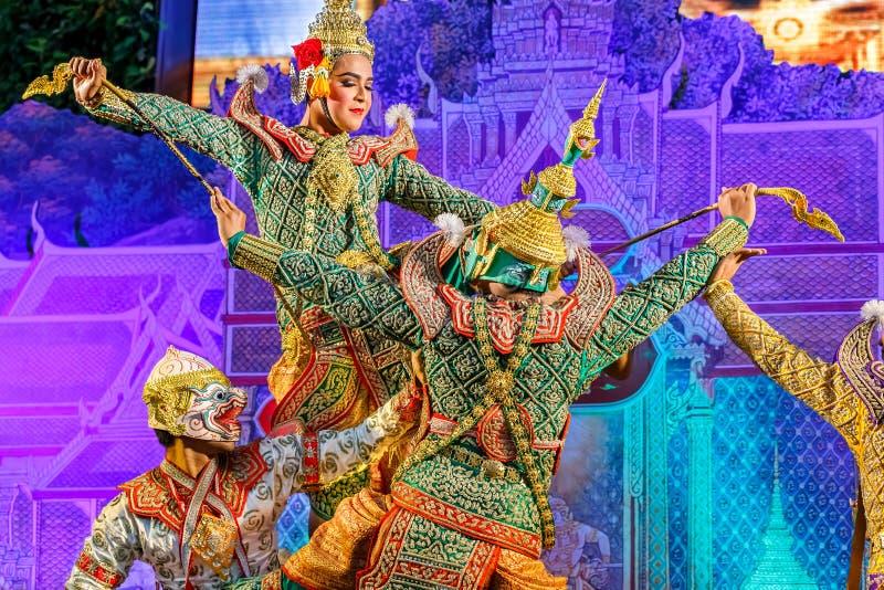 Khon - danse traditionnelle thaïlandaise de masque images libres de droits