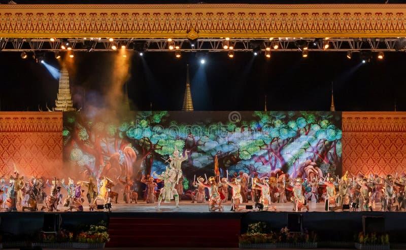 Khon föreställningskonst visar klassisk thailändsk dans royaltyfri fotografi