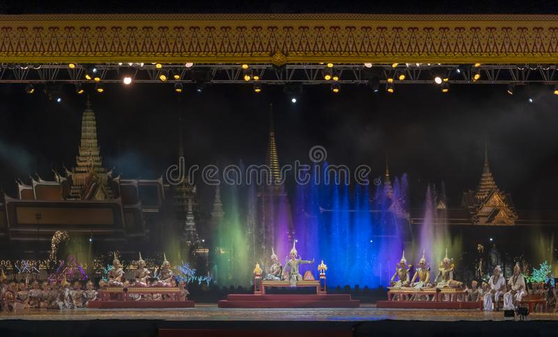 Khon föreställningskonst visar klassisk thailändsk dans arkivbild