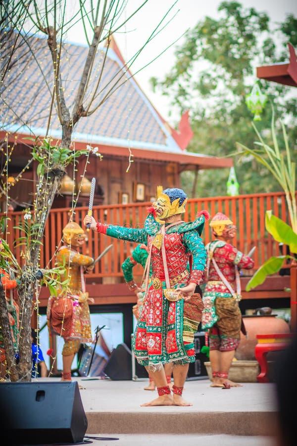 Khon jest tradycyjnym tanem tajlandzki klasyczny zamaskowany sztuki kultura fotografia stock