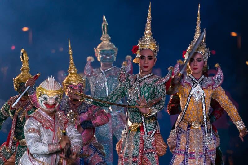 Khon Ramakien of Ramayana-drama het dansen stock afbeeldingen