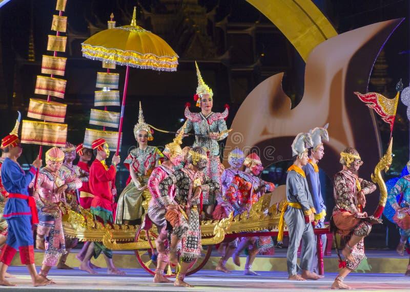 Khon-Siamesisches Kulturdrama-Tanzerscheinen stockfoto