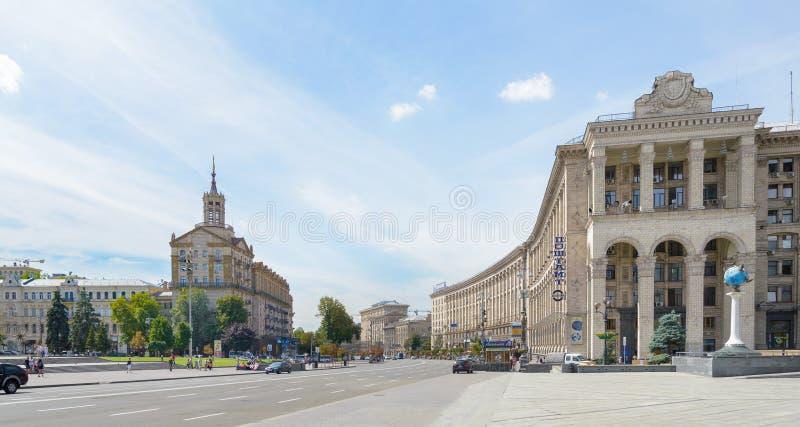 Khreshchatyk大道看法从Maidan Nezalezhnosti的 库存照片