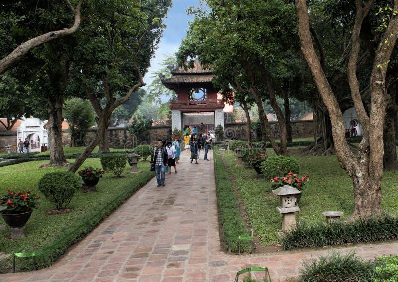 Khue Van Pavilion, zweiter Hof, Tempel der Literatur, Hanoi, Vietnam lizenzfreie stockfotografie