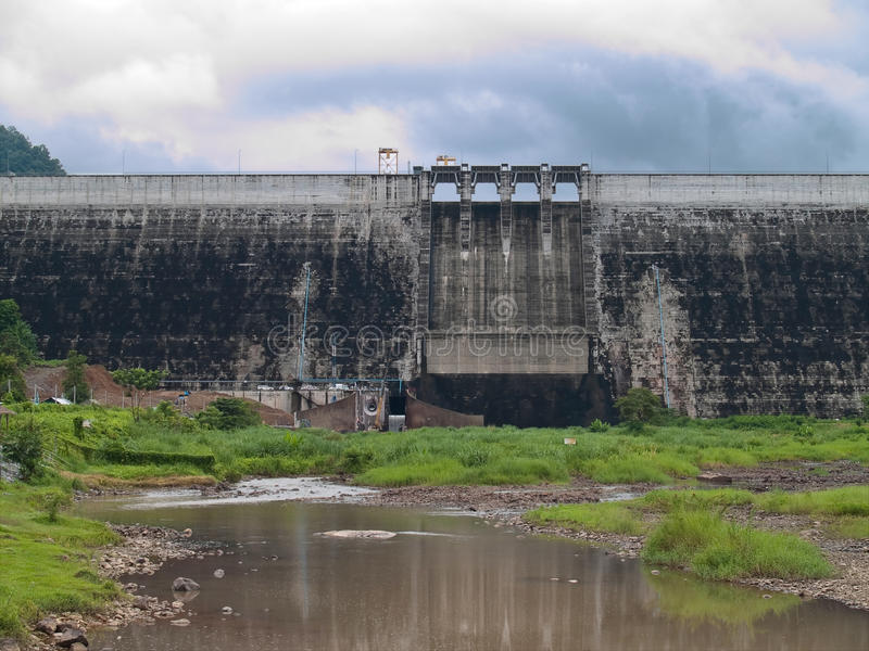 Download Khun Dan Prakan Chon Dam stock photo. Image of scenery - 16618778