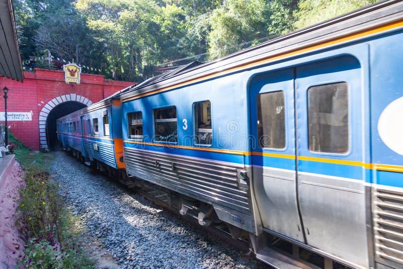 Khun Tan Tunne - Lampang Thailand - Oktober 14, 2018: - Den Khun solbrännajärnvägsstationen är en järnvägsstation royaltyfri bild