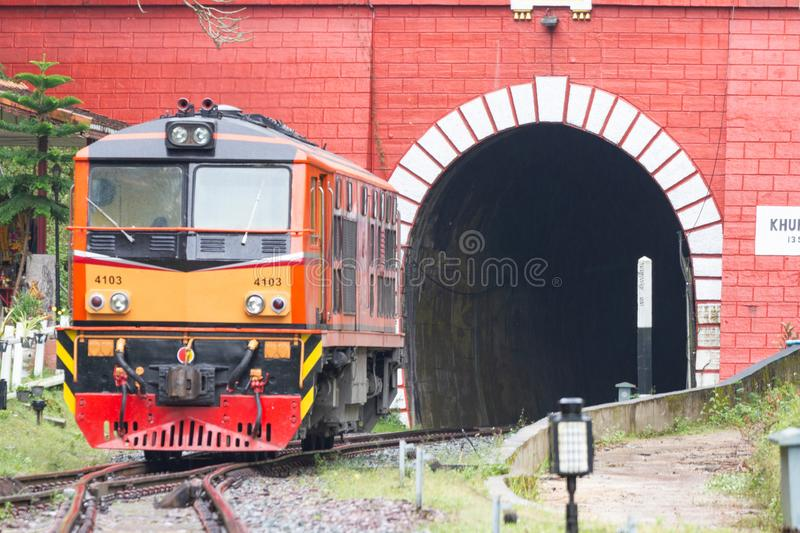 Khun Tan Tunnel - Lampang Thailand - 13 Oct, 2018: - Khun Tan Tunnel is een tunnel royalty-vrije stock afbeeldingen