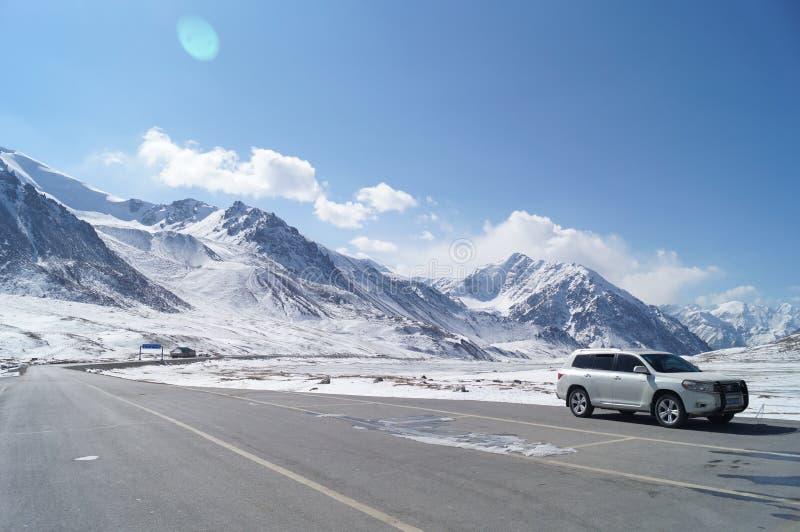Khunjerab passerande fotografering för bildbyråer