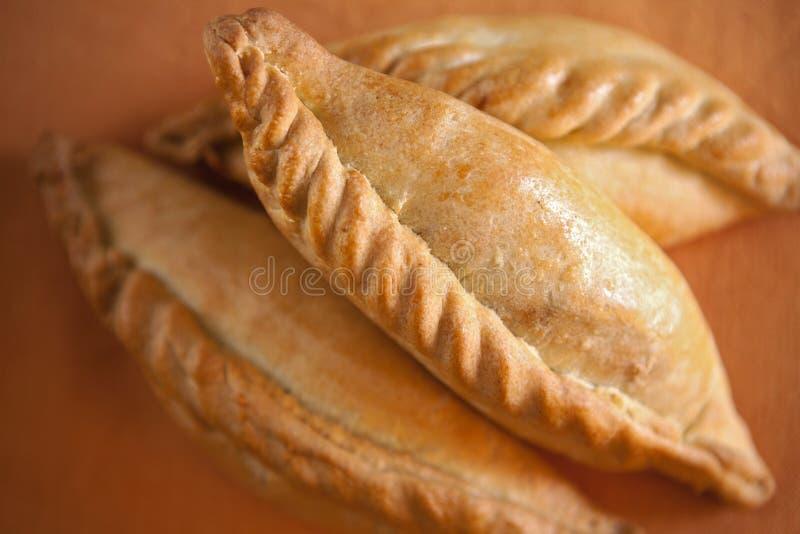 Kibinai, pastelarias tradicionais da minoria étnica de Karaite no Lith fotos de stock