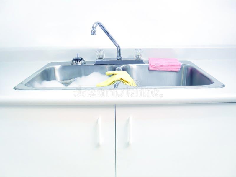Download Kichen Wanne stockbild. Bild von chores, reinigend, reinigung - 35121