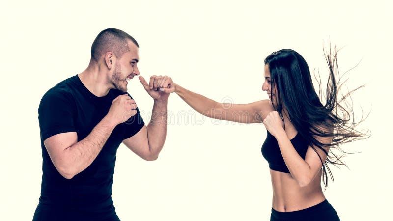 Kickboxing szkolenie z instruktorem fotografia stock