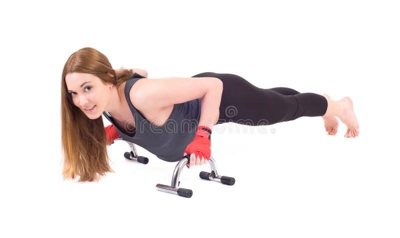 Download Kickboxingsmeisje stock afbeelding. Afbeelding bestaande uit boxing - 39104767