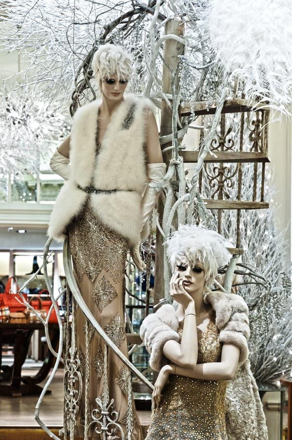 Kicken danar - vintern utformar royaltyfria bilder