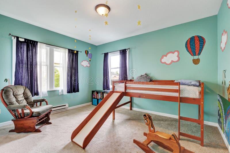 Pareti dipinte parete maculato pavimento assi marrone p with pareti dipinte decorare parete - Parete testata letto dipinta ...