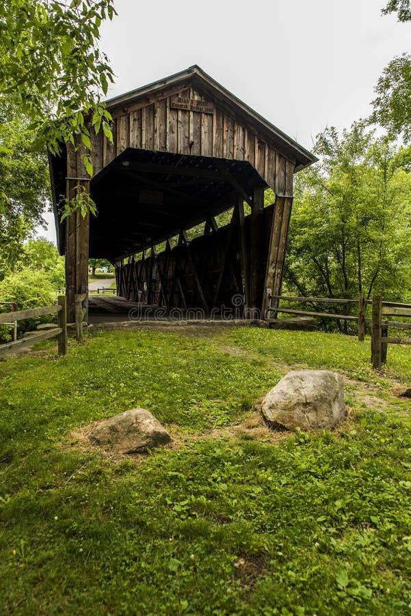Kidd ` s磨房被遮盖的桥-夏时在宾夕法尼亚 库存照片