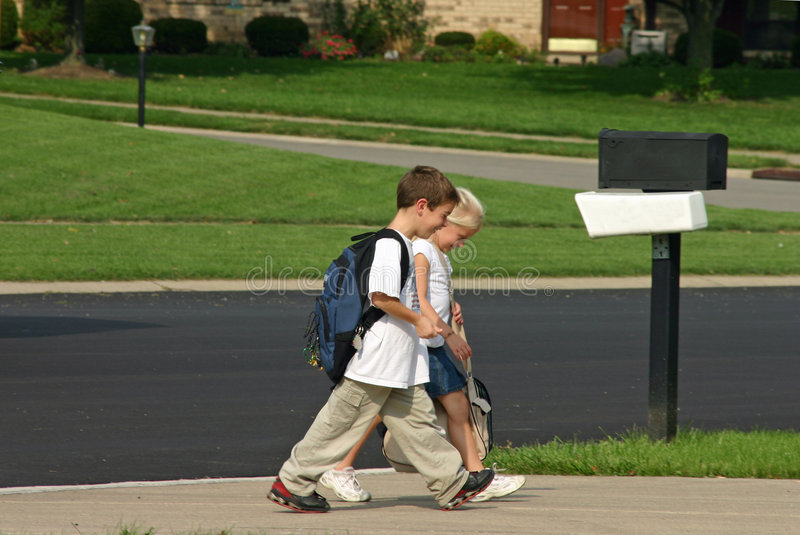 Kids Getting Off Bus Royalty Free Stock Image