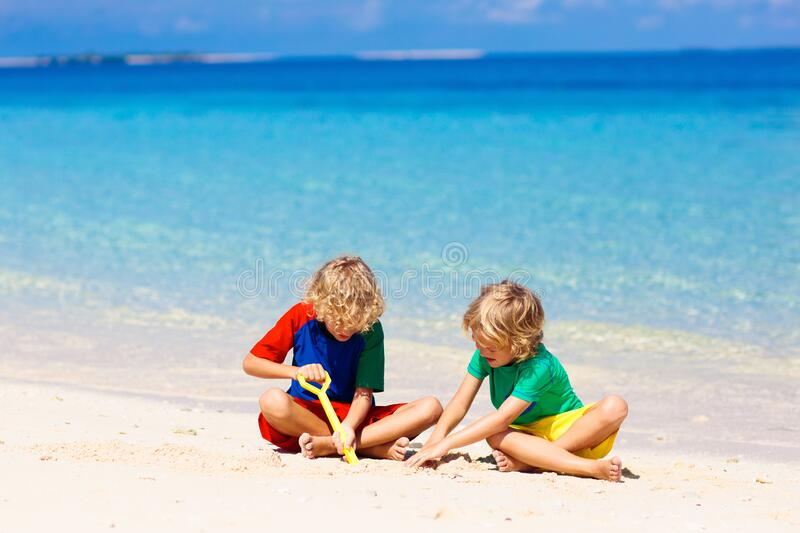 24,152 Children Playing Sun Photos - Free & Royalty-Free Stock Photos from  Dreamstime