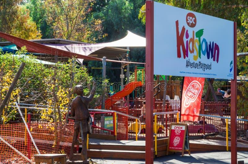 Kidstown冒险操场在Shepparton,澳大利亚 库存照片