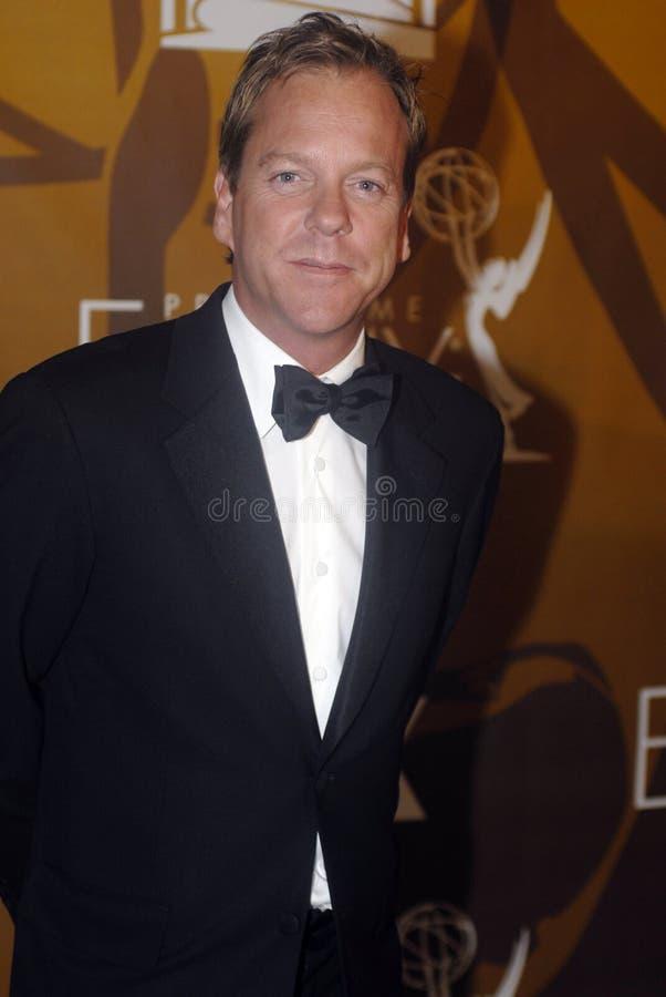 Kiefer Sutherland en la alfombra roja imagen de archivo libre de regalías