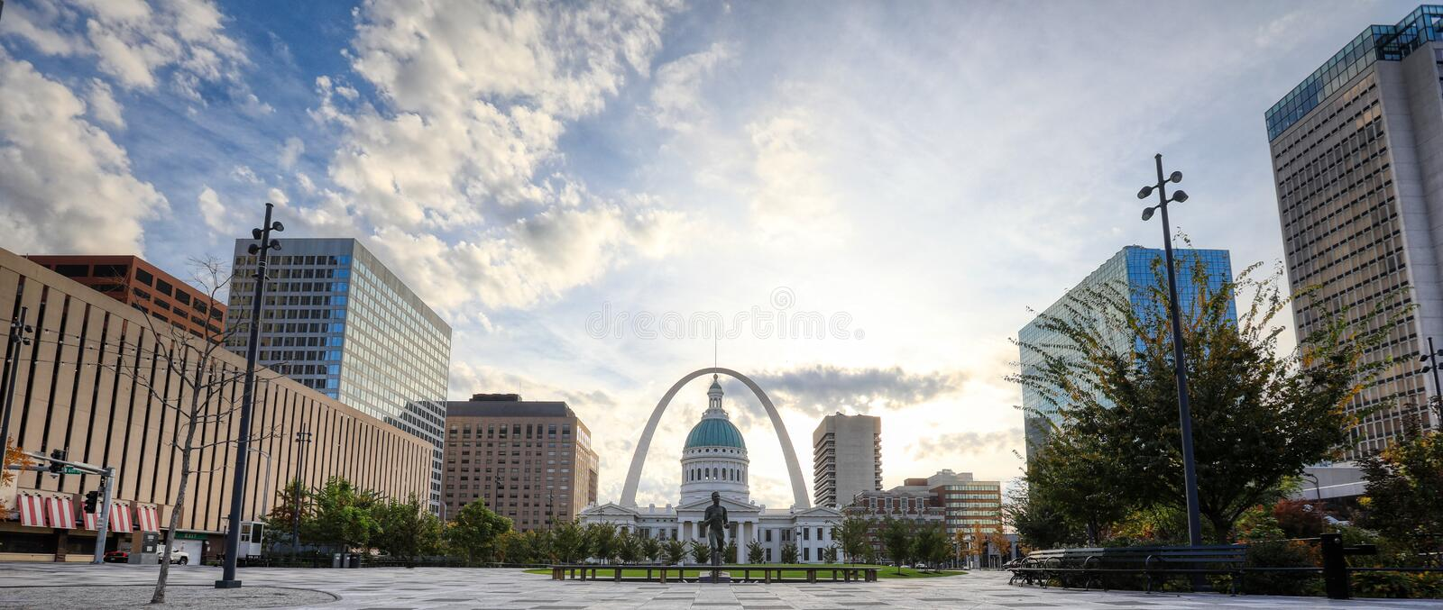 Kiener Plaza and the Gateway Arch in St. Louis, Missouri. October 30, 2018 - St. Louis, Missouri - Kiener Plaza and the Gateway Arch in St. Louis, Missouri royalty free stock photo